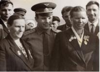 Гагарин.Щелкни по иконке, чтобы большая картинка открылась в новом окне